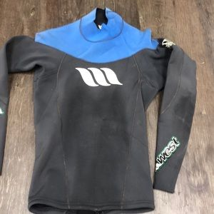 West men's wetsuit too, long sleeved, size small